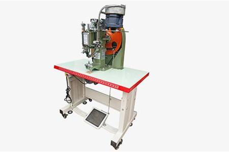 油压铆钉机的工作原理和主要应用